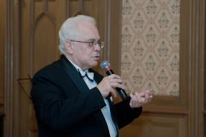 Профессор Раффи Хараджанян на презентации общества имени Макса Гольдина