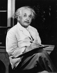 """Альберт Эйнштейн: """"Когда я приехал в Германию, я впервые узнал, что я еврей"""""""