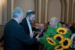 На презентации общества имени Макса Гольдина - 7 сентября 2011г., слева направо: Марк Иоффе, Влад Шульман, Мендель Баш