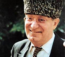 Махмуд Эсамбаев foto http://www.mkchr.com/