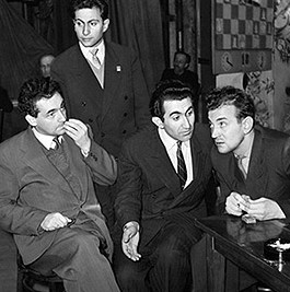 Марк Тайманов, Михаил Таль, Тигран Петросян, Виктор Корчной foto http://amnesia.pavelbers.com/