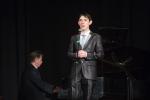 sings Bogdan