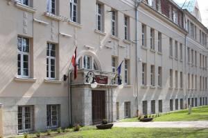 Рижская еврейская средняя школа им.Ш.Дубнова foto www.revs.lv