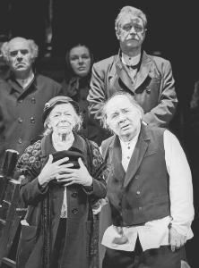 """Е.Леонов - Тевье и Т.Пельтцер - Голда в спектакле """"Поминальная молитва"""" foto http://www.lechaim.ru/"""