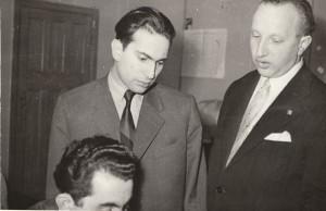 М.Таль и А.Кобленц наблюдают за партией Т.Петросяна foto www.chess-news.ru