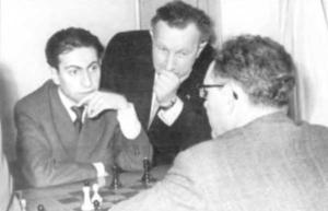 Михаил Таль, Александр Кобленц и Михаил Ботвинник  foto www,e-libra.ru